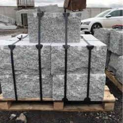 Porphyr Terrassen Platten bruchrauh
