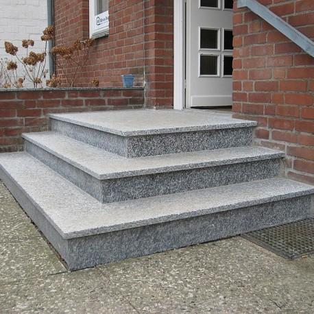 Sandstein Blockstufen Rot 20 x 35 cm 200cm lang