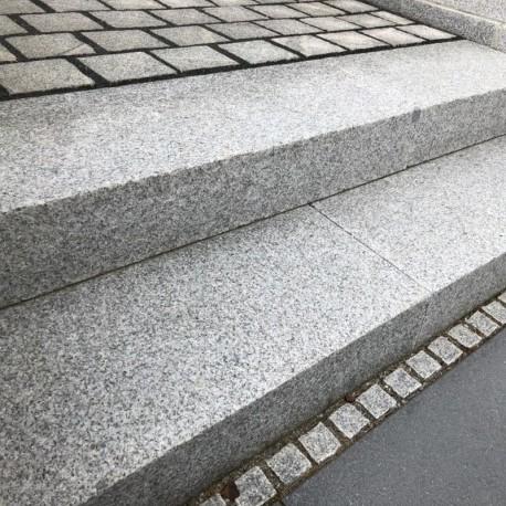Sandstein Blockstufen Mapula Rot 15 x 35 cm 60 cm lang geschliffen