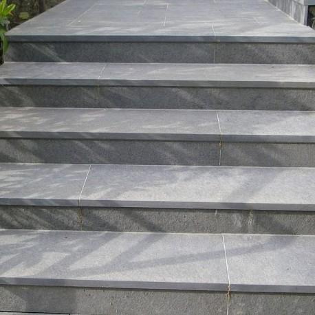 Granit Pfosten hellgelb 20 x 20 cm 200 cm lang