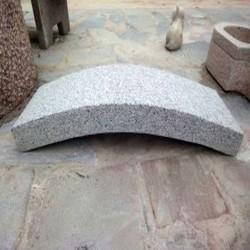 Granit Pflaster Saga Light Rot Grau 8 x 11 cm gespalten