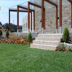 Kalkstein Pflaster Weiß gespalten Größe 15 x 17 cm
