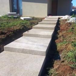 Basaltlava Blockstufen 15 x 35 cm