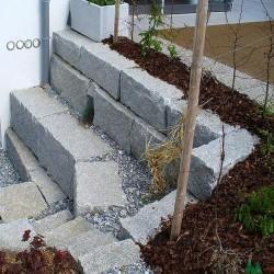 Granit Blockstufen Griys Hellgrau 18 x 40 cm