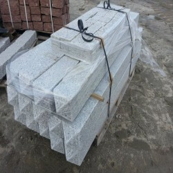 Limes Granit Pfosten Griys Granit Hellgrau 15 x 15 cm 200 cm lang