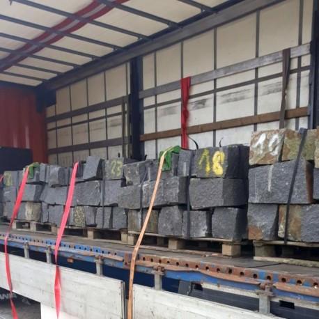 Limes Granit-Pfosten Griys Hellgrau 20 x 20 cm