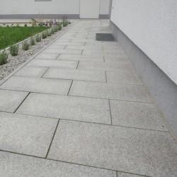 Granit Blockstufen Laahs Rot 15 x 35 cm geflammt