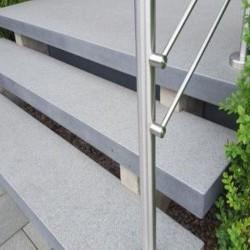 Schiefer Quellsteine Schwarz Anthrazit gespalten