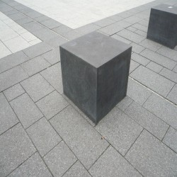 Granit Palisaden Rot 10 x 25 100 cm Lang