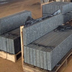Basalt Palisaden 8 x 25 cm